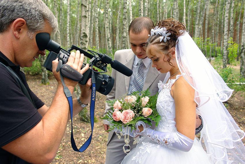 видеооператор на свадьбу в Москве не дорого.